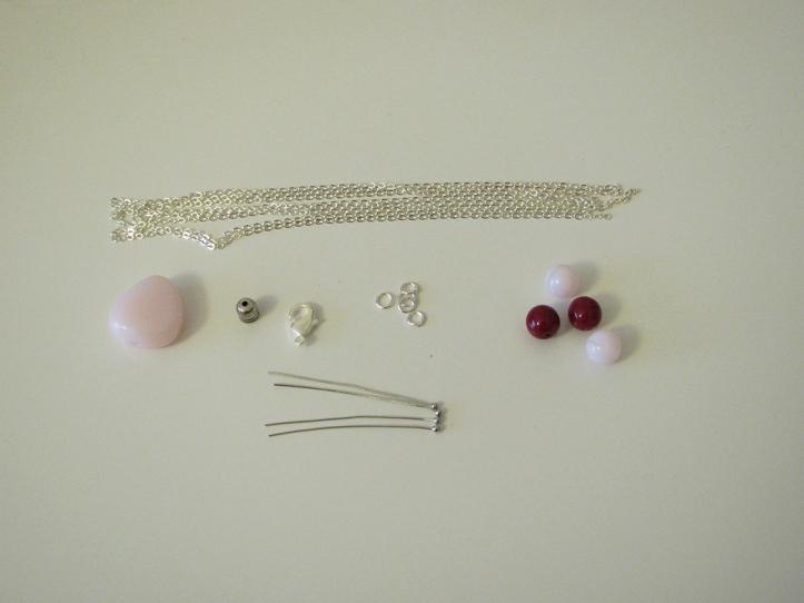 sautoir rose - materiel